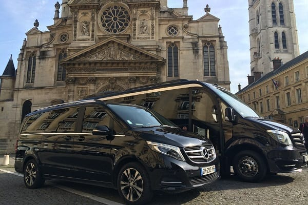Paris, France Minibus rental
